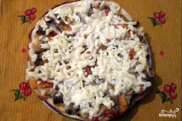 Пицца на батоне на сковороде