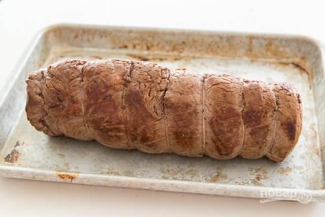 3. А потом запекайте мясо 25 минут в духовке при 200 градусах.