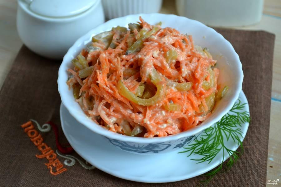 Салат из огурцов с морковкой по-корейски