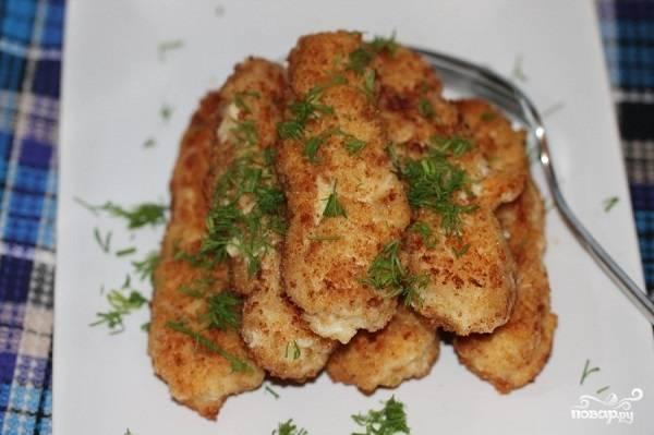 6. Вот и весь простой и очень аппетитный вариант, как приготовить мазурики. Подавать к столу их можно с овощами, гарниром, соусом или просто присыпав зеленью.