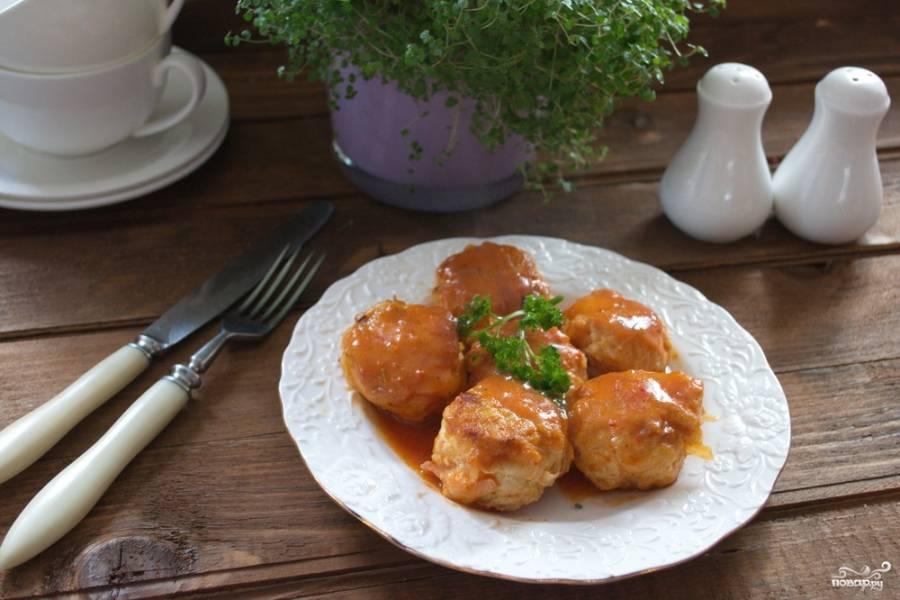 Тефтели в томатном соусе со сметаной
