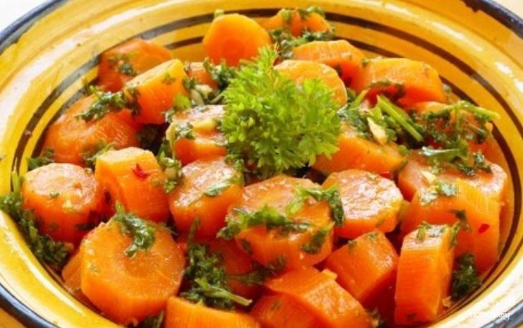 5.Морковь в сметане готова! Можно подавать к столу. Приятного Вам аппетита!