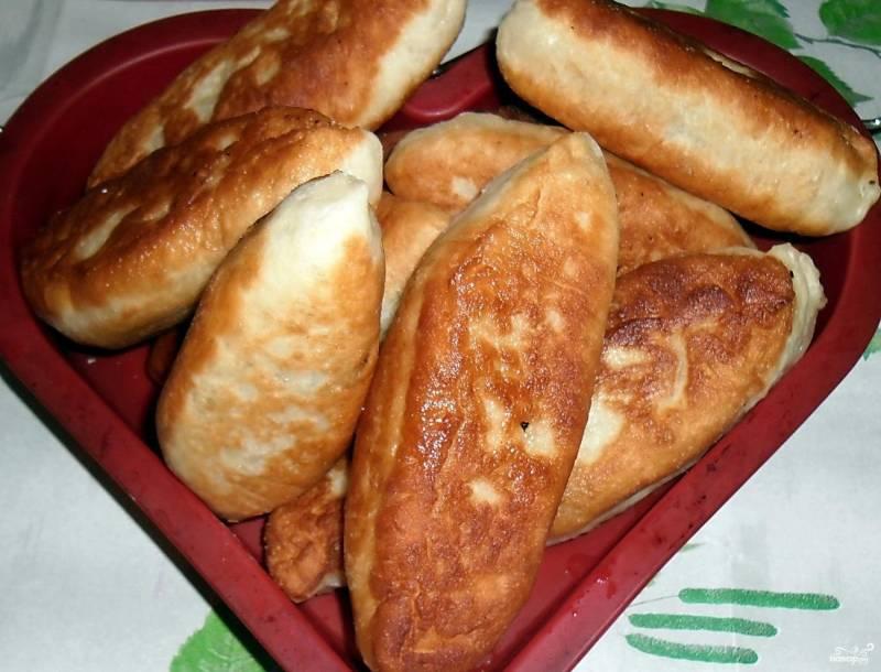 Пирожки с печенью жареные