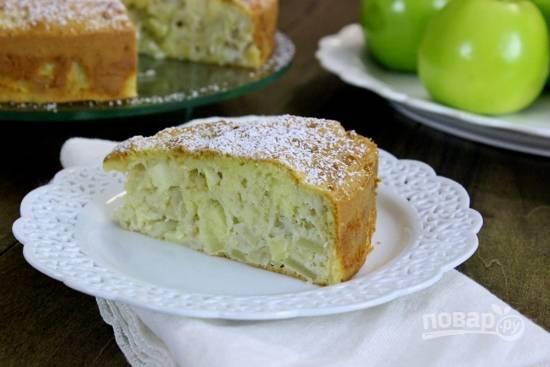 Воздушный пирог с яблоками