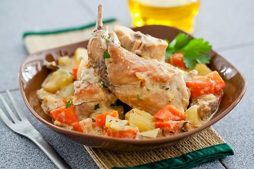 6. Подаем в горячем виде в глубокой емкости. Для всей семьи - это блюдо подходит просто великолепно!