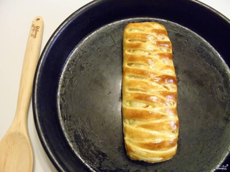 Пирог с рыбой готов! Приятного аппетита!