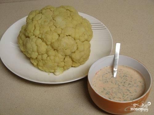 4.Готовую цветную капусту выкладываем на блюдо и подаем с каким-либо соусом либо зеленью. Приятного аппетита!