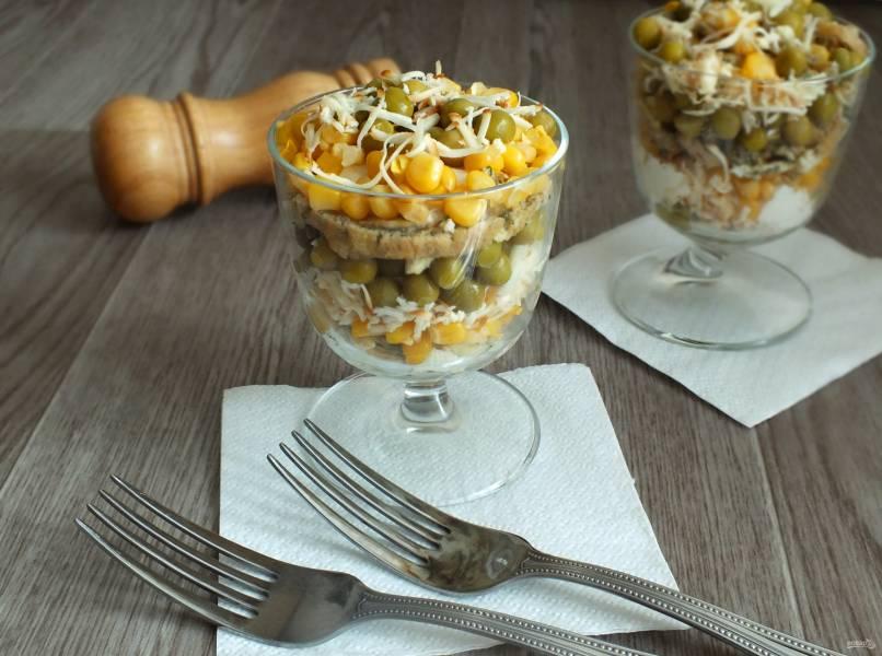Салат из горошка и кукурузы