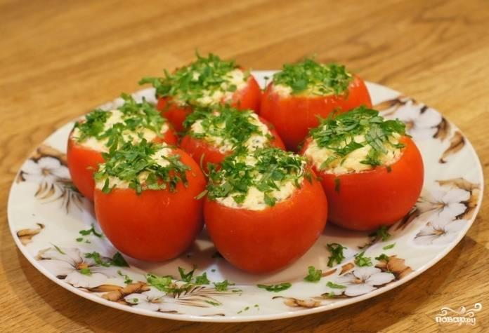 Томаты, фаршированные сыром