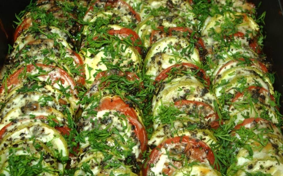 Готовое блюдо присыпьте зеленью! Приятного аппетита!