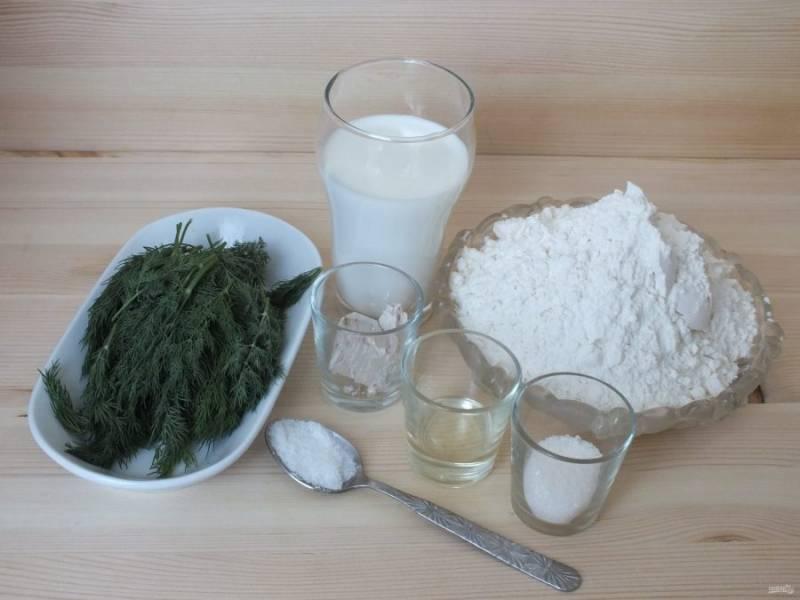 Подготовьте необходимые ингредиенты. Подогрейте молоко до температуры 36-38 градусов.