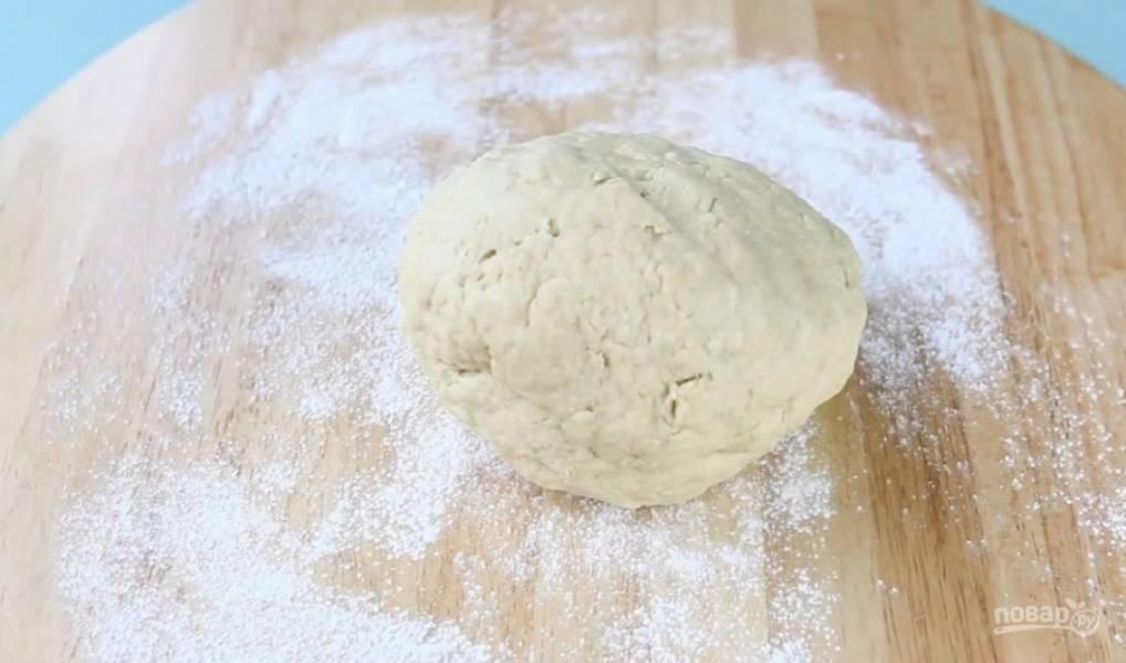 3.Замесите тесто.