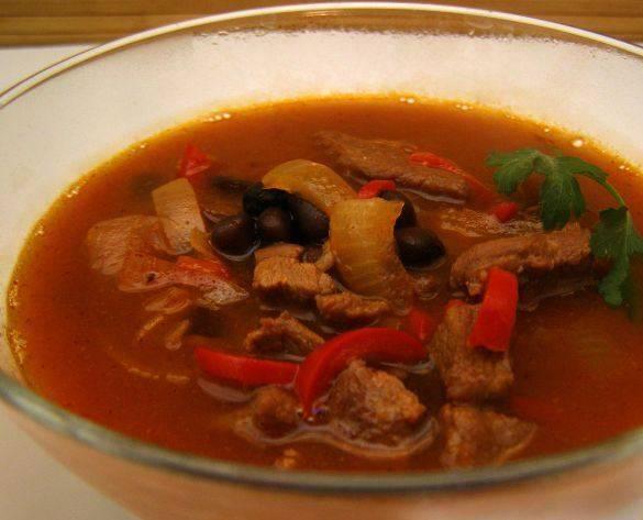 Готовый суп необходимо настоять под крышкой. Приятного аппетита!