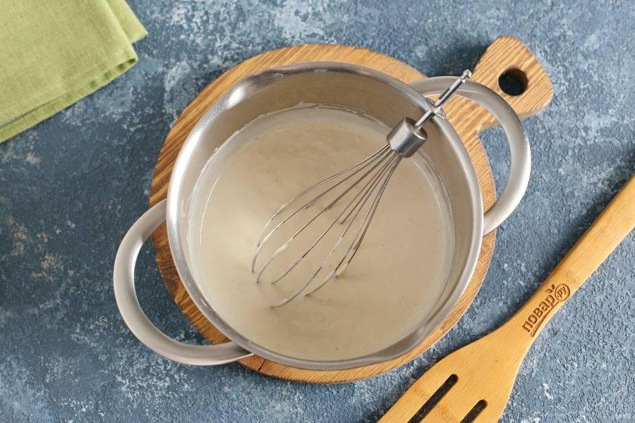 Перемешайте все еще раз. Тесто готово.