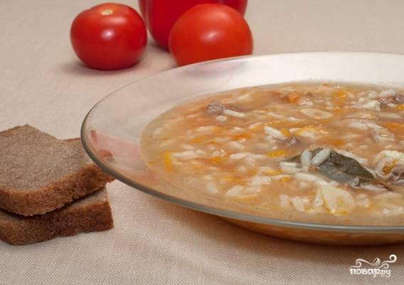 4. Если рис разбух - значит можно созывать домочадцев и подавать вкусный суп к столу!