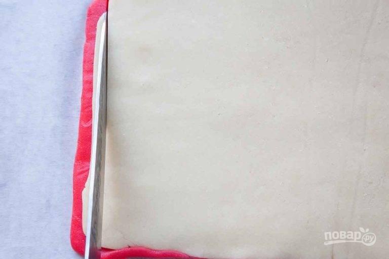 6.Обрежьте неровные края со всех сторон.
