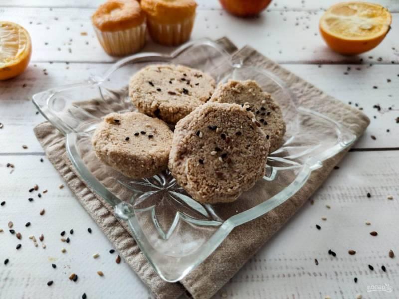 Овсяное печенье для диабетиков готово. Приятного аппетита!