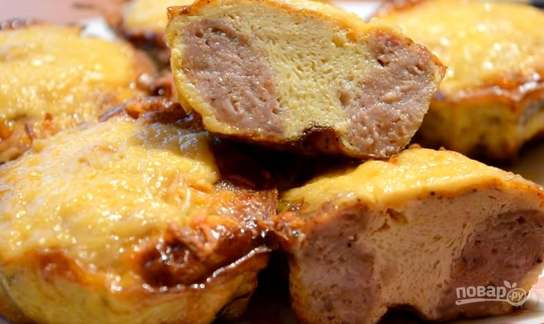 Мясные кексы с начинкой