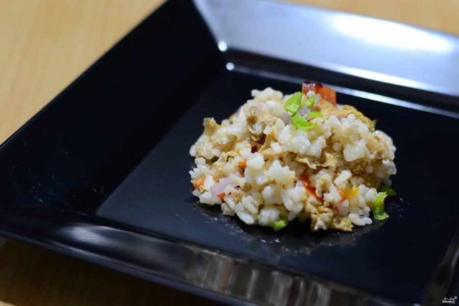 Жареный рис по-тайски