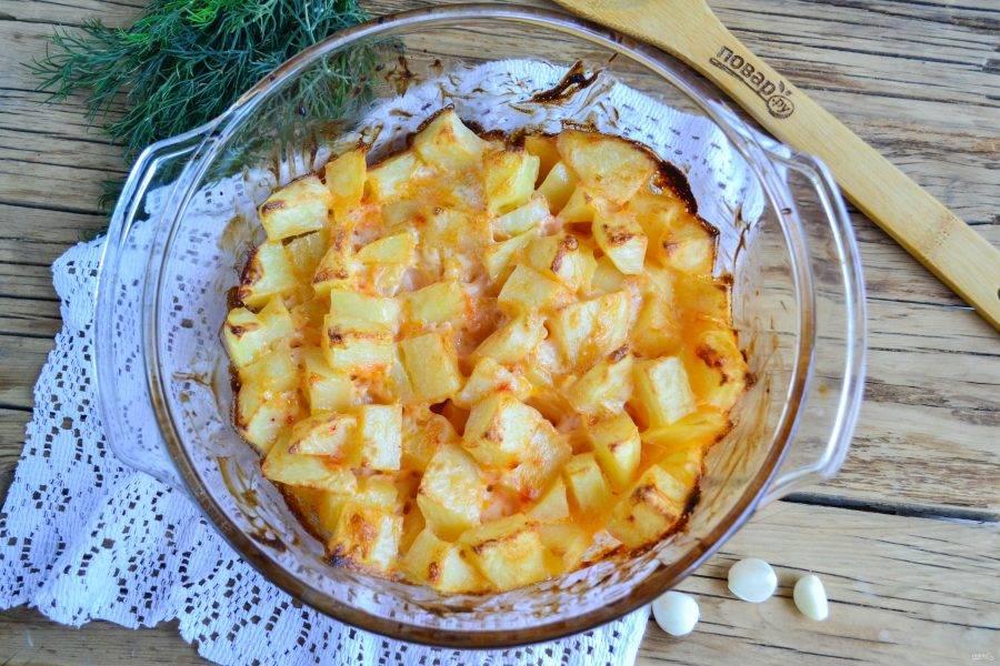 Подавайте картошечку горячей. Приятного аппетита!