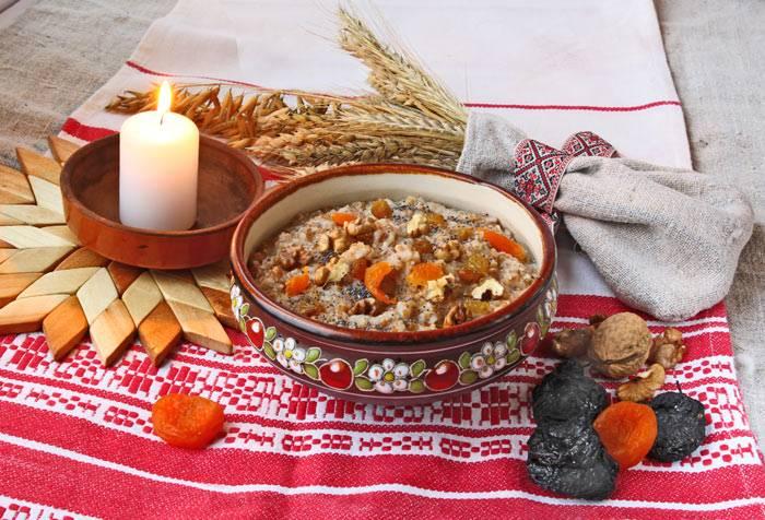 Закарпатская кутья из пшеницы с сухофруктами готова. Приятного аппетита и счастливого Рождества!