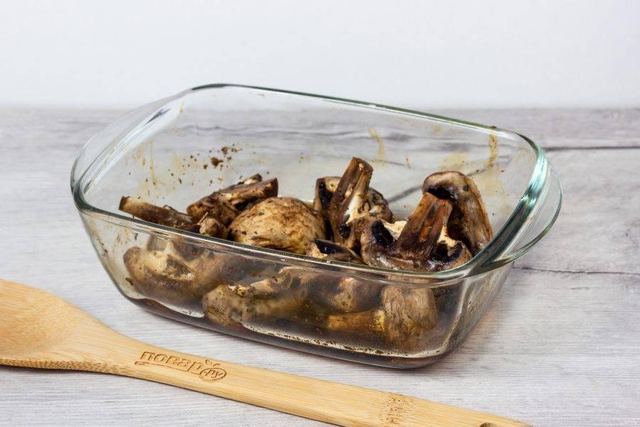 Грибочки готовы! Подавайте к любому основному блюду или в качестве закуски.