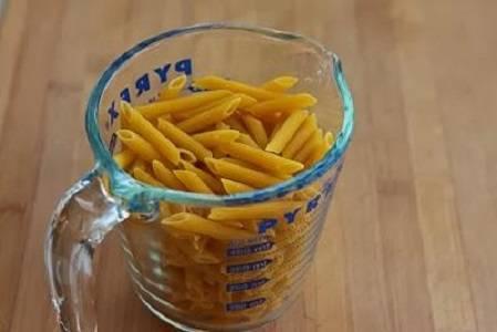 """5. В данном случае были выбраны пенне """"Барилла"""", однако вы можете взять и спагетти, например."""
