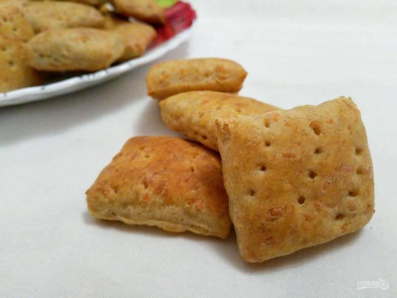 Хлебные крекеры с сыром