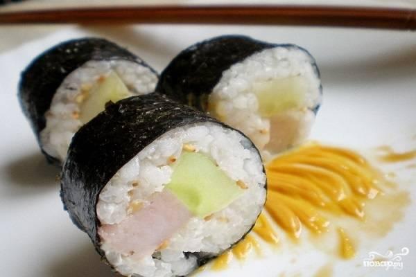 Суши с селедкой