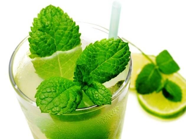 Алкогольный напиток в стиле Мохито