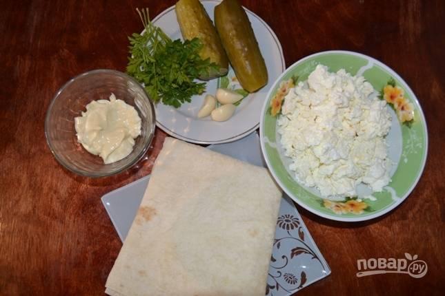 Продукты, которые необходимы для приготовления начинки в лаваше.