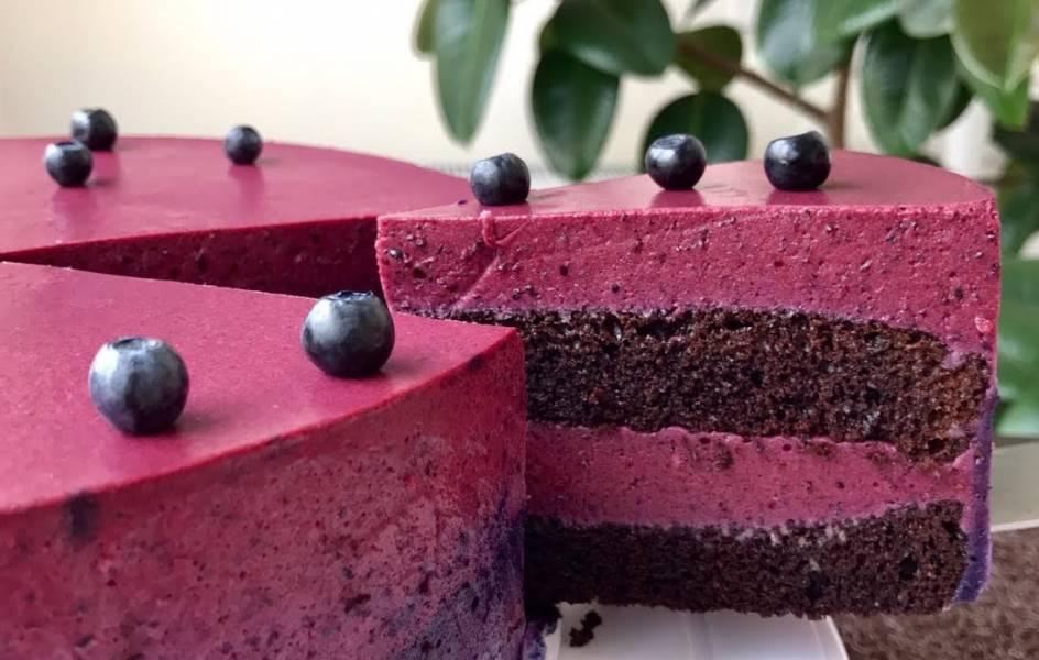 Ягодный торт с черничным муссом