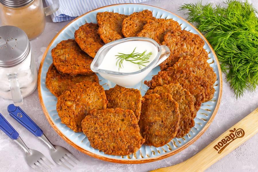 Печеночные оладьи с картофелем