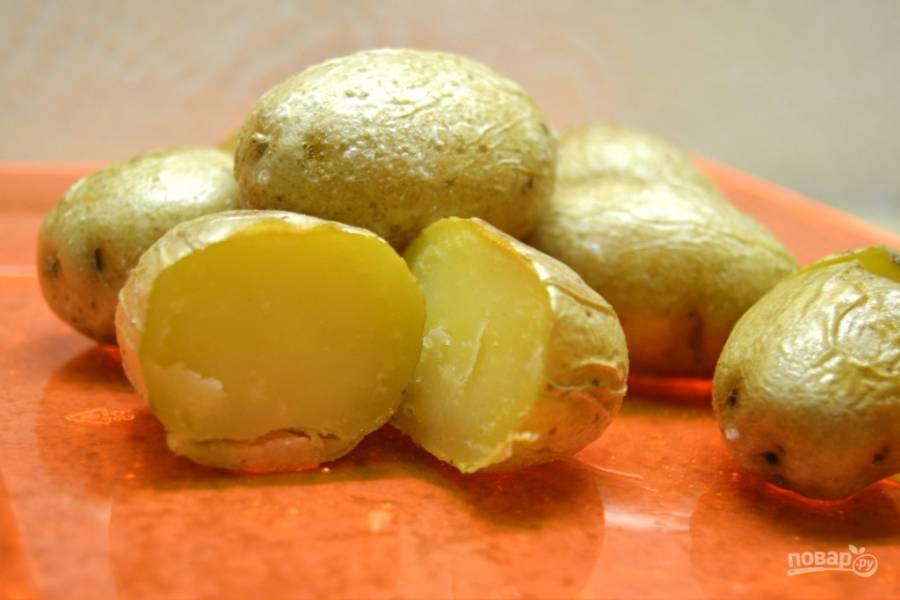 Картофель в духовке целиком