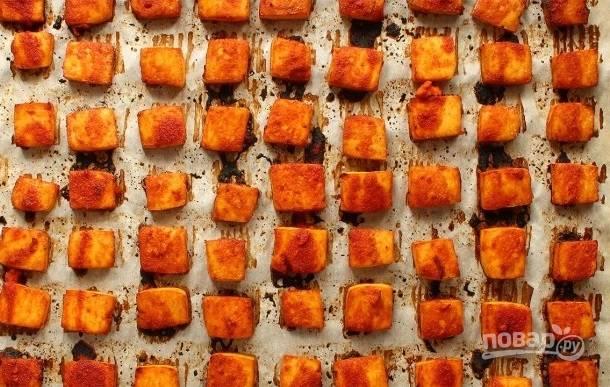 Запеченный в остром соусе тофу