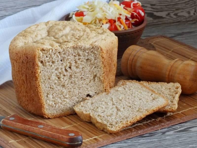 Остывший хлебушек подавайте к любимым блюдам. Приятного аппетита!