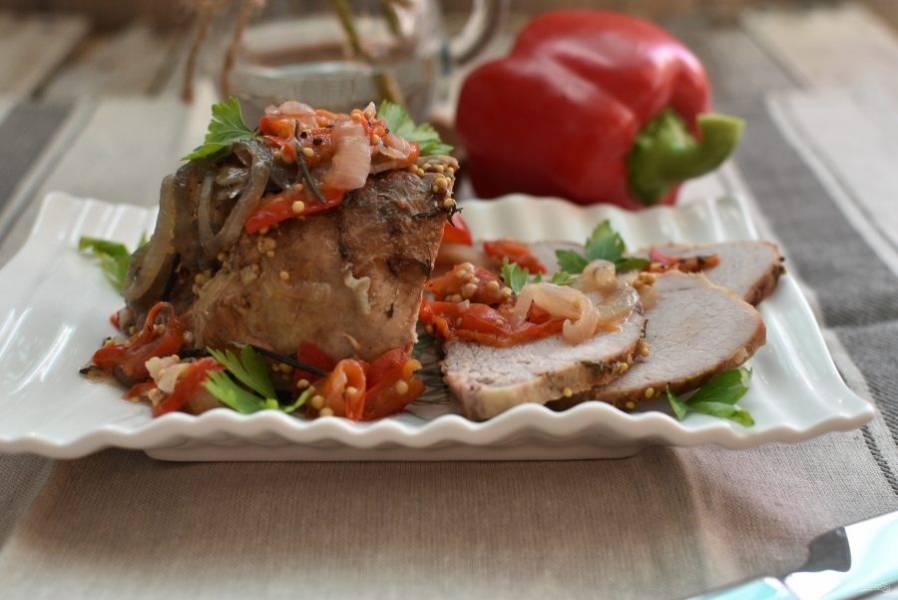 Остывшее мясо используйте для бутербродов или нарезки.