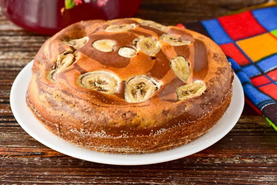 """Пирог """"Зебра"""" с бананом"""