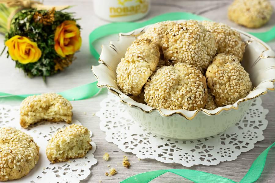 Постное печенье с кунжутом
