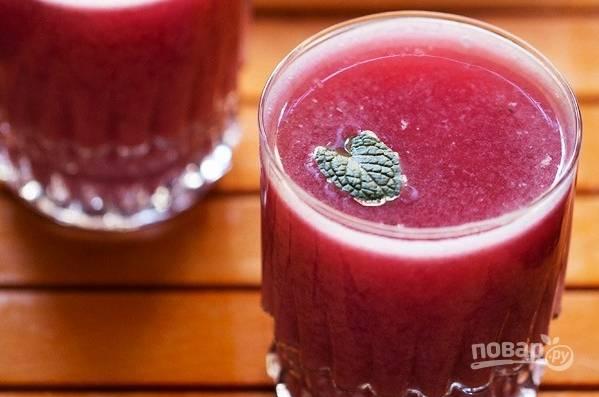 Гранатово-мятный напиток
