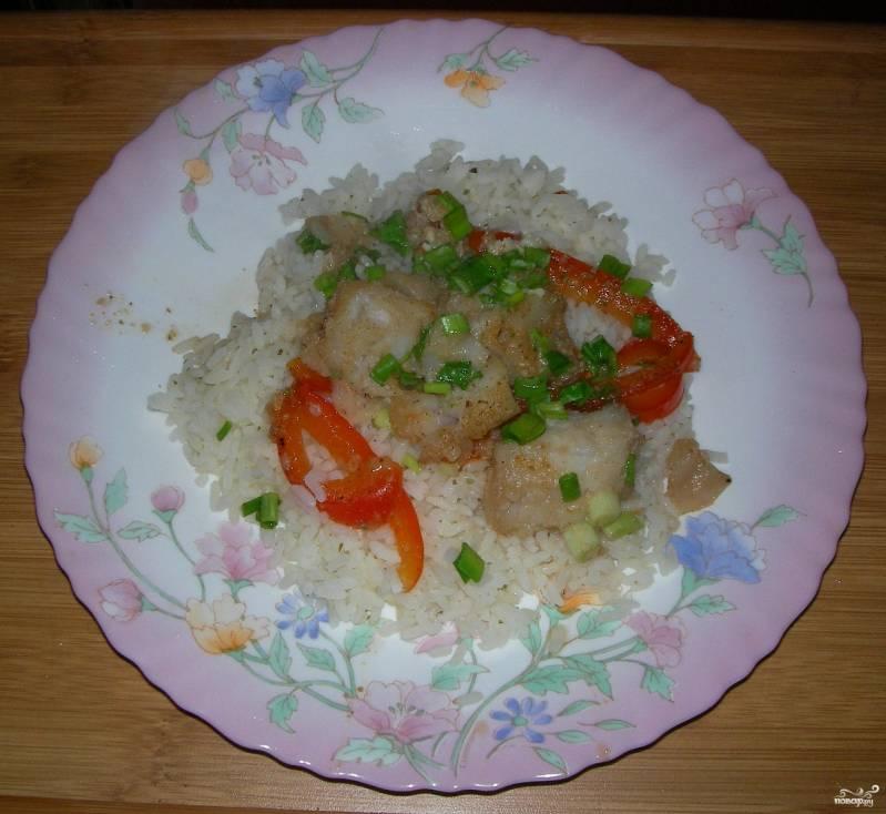 Тушеная рыба с рисом