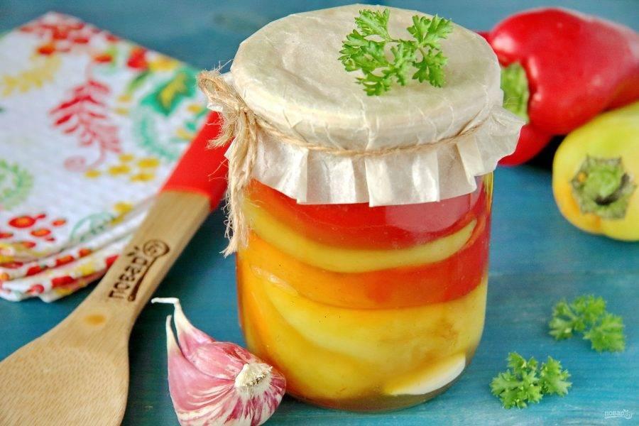 Вот и все, жареный болгарский перец на зиму готов! Храним баночки в прохладном месте. Удачных заготовок!