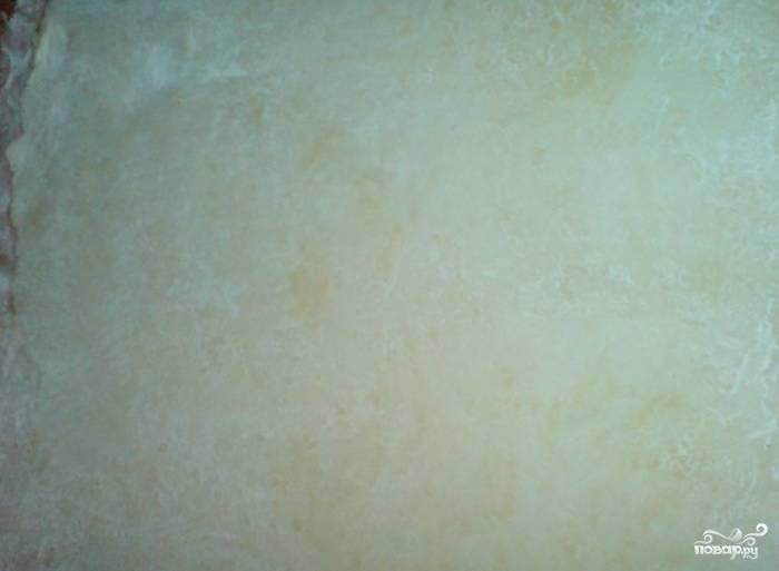 2. Разведите порошок ванильного пудинга в 100 мл молока.