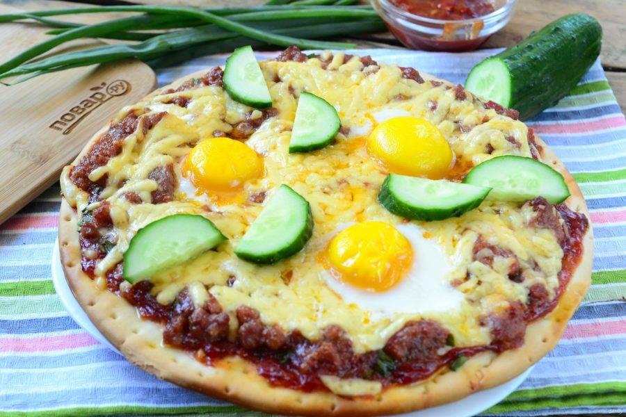Подавайте сытную пиццу «Восторг» на завтрак, все действительно будут в восторге!