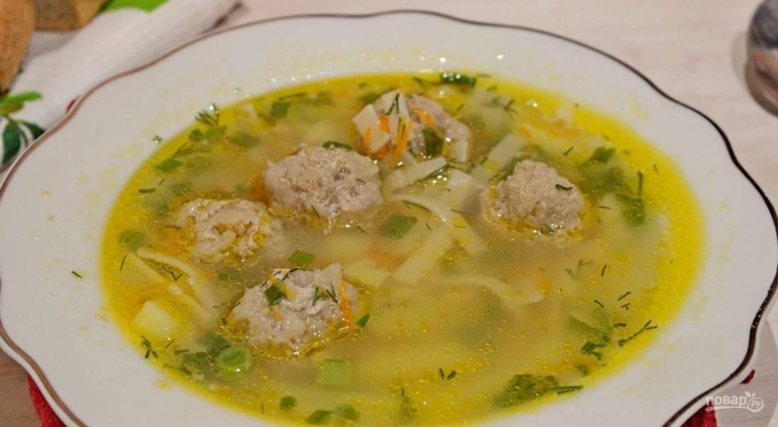 Суп (лапша с фрикадельками)