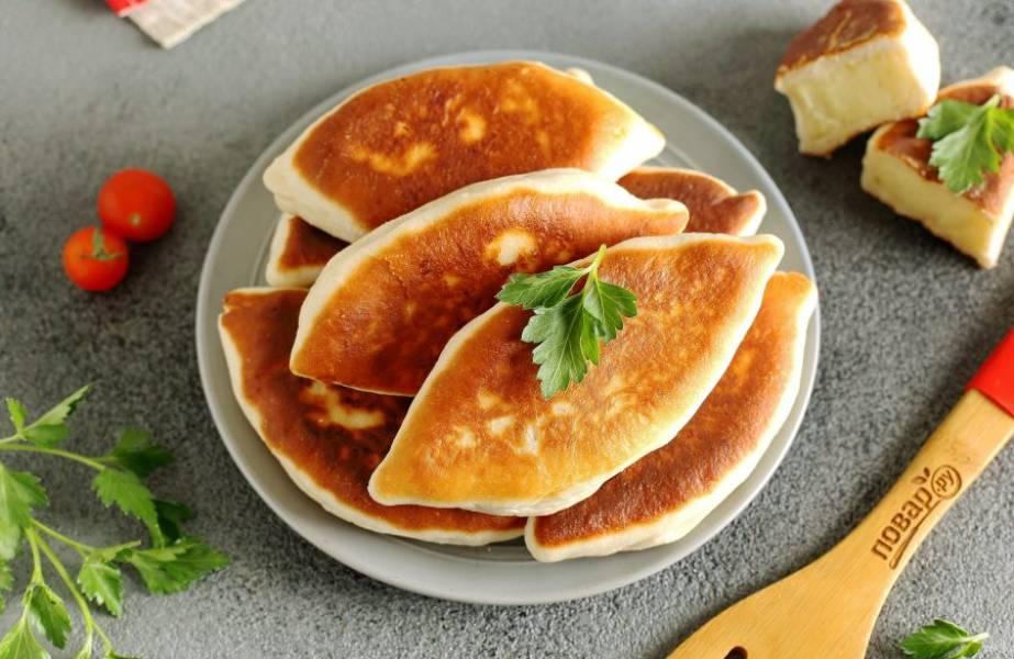 Пирожки по этому рецепту очень мягкие и нежные! Приятного аппетита!