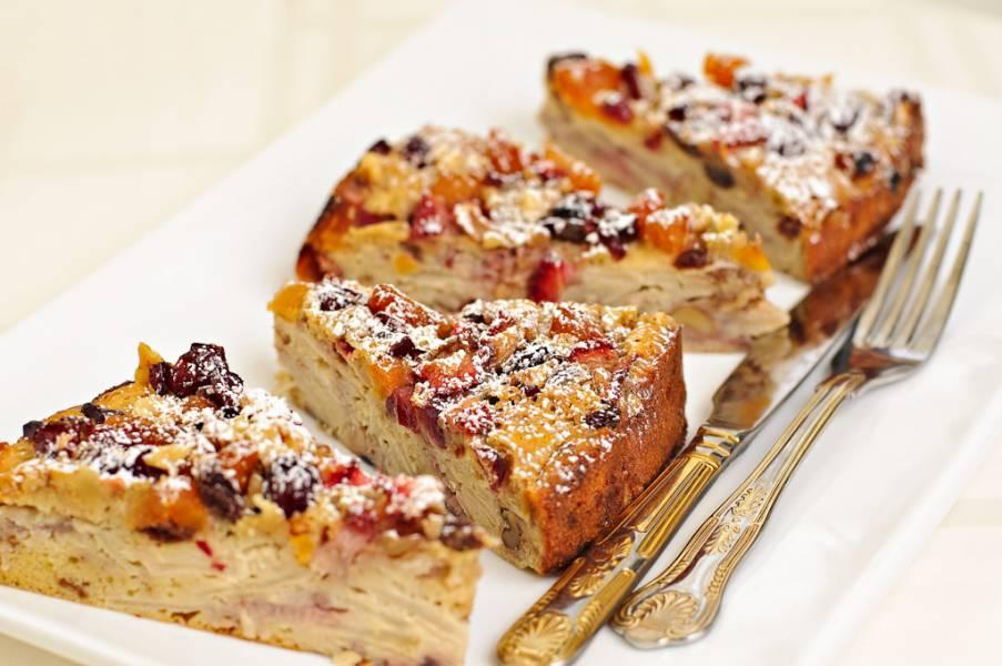 Яблочный пирог с фруктами