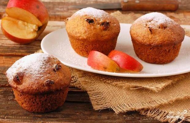 Запекайте кексы при 180 градусах в течение 25 минут. Приятной дегустации!