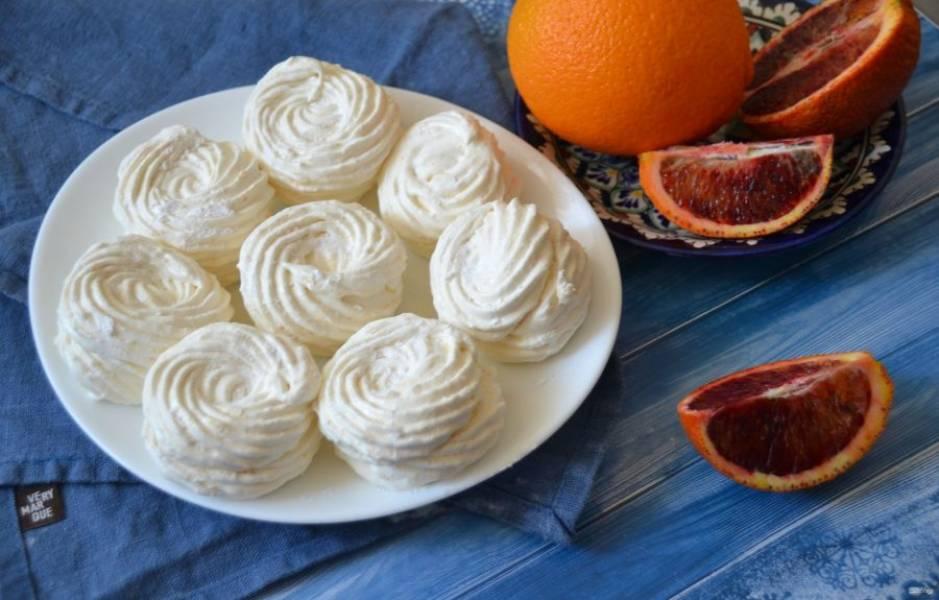 Апельсиновый зефир получился ароматный и очень вкусный, просто наслаждение!