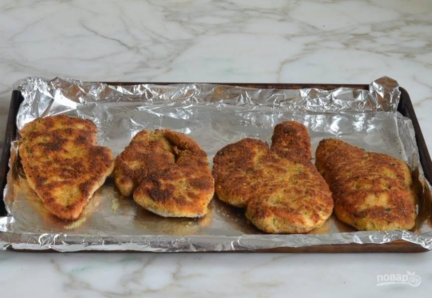 6. После этого отправьте курицу в духовку на 5 минут при 180 градусах.
